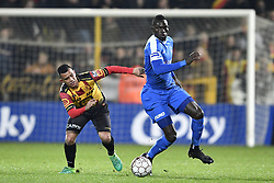 November 29, 2017 - Mechelen, BELGIUM - Mechelen's Randall Leal and Genk's Omar Colley fight for the ball during a Croky Cup 1/8 final game between KV Mechelen and KRC Genk, in Mechelen, Wednesday 29 November 2017. BELGA PHOTO YORICK JANSENS (Credit Image: © Yorick Jansens/Belga via ZUMA Press)