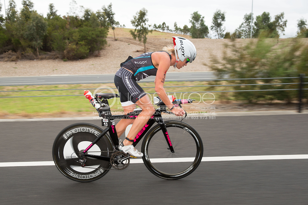 Rebekah Keat (AUS), March 23, 2014 - Ironman Triathlon : Bike Course. Ironman Melbourne Race, Bike Cycle Course Between Frankston And Ringwood Tunnel, Melbourne, Victoria, Australia. Credit: Lucas Wroe