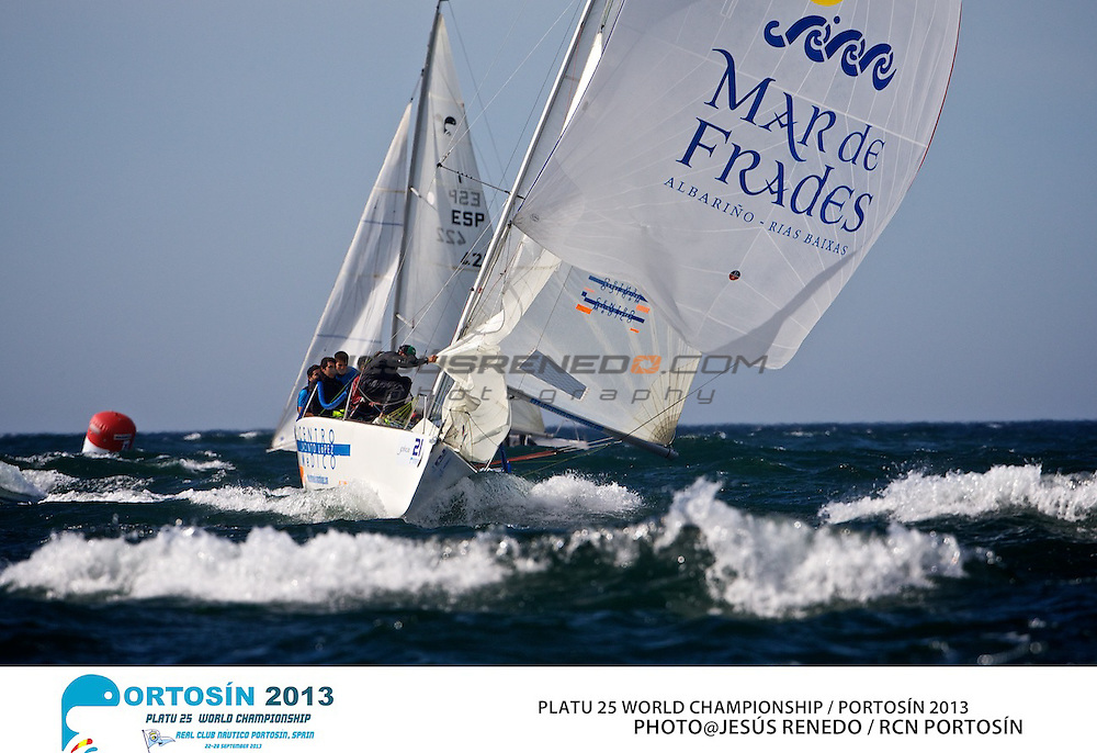 Platu 25 World Championships, Portosín , Galicia, Spain. 24-29 September 2013. Day 3 ©