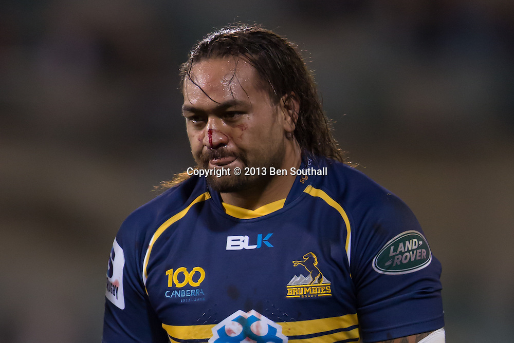 Fotu Auelua has blood running down his face. Action from the Round 8 match of the Super 15 2013 rugby season between the University of Canberra Brumbies and the Southern Kings (South Africa). The final score was tied, Brumbies 28 - 28 Kings. Match was played at Canberra Stadium, Canberra, ACT, Australia, Friday 4 April 2013. (PHOTO: BEN SOUTHALL | SMP IMAGES)