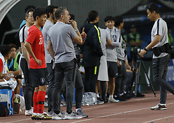 September 7, 2018 - Goyang, Gyeonggi, South Korea - September 7, 2018-Goyang, South Korea-Paulo Bento of South Korea Coach order to Hwang Inbeom at bench during an Football A Match South Korea vs Costa Rica at Goyang Sports Complex in South Korea. Match Won South KOrea, Score by 2-0. (Credit Image: © Ryu Seung-Il/ZUMA Wire)