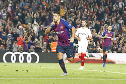 October 20, 2018 - Barcelona, Catalonia, Spain - FC Barcelona forward Luis Suarez (9) celebrates the goal during the match FC Barcelona against Sevilla FC, for the round 9 of the Liga Santander, played at Camp Nou  on 20th October 2018 in Barcelona, Spain. (Credit Image: © Mikel Trigueros/NurPhoto via ZUMA Press)