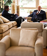 Belo Horizonte_MG, Brasil...O vice-presidente Jose Alencar (PRB) se encontra com o governador de Minas Gerais Aecio Neves (PSDB) no Palacio das Mangabeiras, residencia ofical do governador de Minas...The vice President Jose Alencar (PRB) meets with the governor Aecio Neves (PSDB) in the Mangabeiras palace, the royal residence of the governor of Minas Gerais...Foto: LEO DRUMOND / NITRO