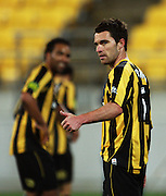 Phoenix' Tim Brown.<br /> A-League - Wellington Phoenix v Melbourne Victory at Westpac Stadium, Wellington. Friday, 4 December 2009. Photo: Dave Lintott/PHOTOSPORT