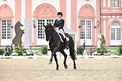 Kienbaum, Florine, Doktor Schiwago<br /> Wiesbaden - Pfingstturnier 2015<br /> Piaff Förderpreis<br /> © www.sportfotos-lafrentz.de/Stefan Lafrentz