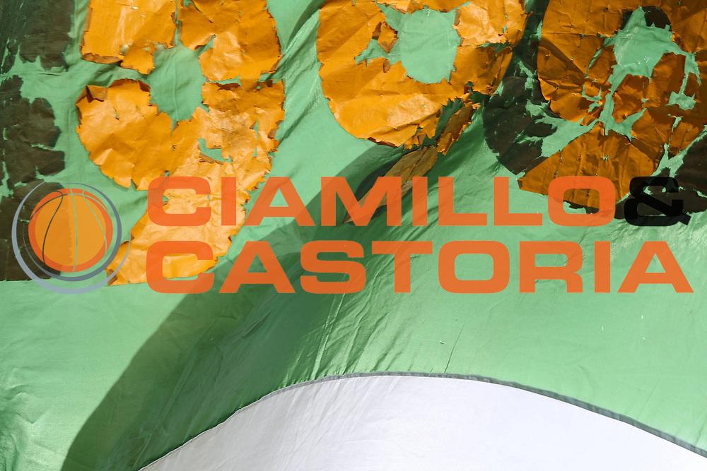 DESCRIZIONE : Avellino Lega A 2009-10 Air Avellino Pepsi Juve Caserta<br /> GIOCATORE : Tifo Fan Supporter<br /> SQUADRA : Air Avellino<br /> EVENTO : Campionato Lega A 2009-2010<br /> GARA : Air Avellino Pepsi Juve Caserta<br /> DATA : 19/12/2009<br /> CATEGORIA :<br /> SPORT : Pallacanestro<br /> AUTORE : Agenzia Ciamillo-Castoria/E.Castoria<br /> Galleria : Lega Basket A 2009-2010 <br /> Fotonotizia : Avellino Campionato Italiano Lega A 2009-2010 Air Avellino Pepsi Juve Caserta<br /> Predefinita :