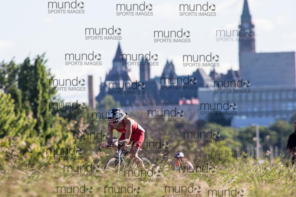 (Ottawa, Canada---10 August 2013)  Mindy Fleming (151)  of Canada (CAN) competing in the 25-29 Female AG International Triathlon Union 2013 World Duathlon Championships (10 km run- 40 km bike- 5km run).