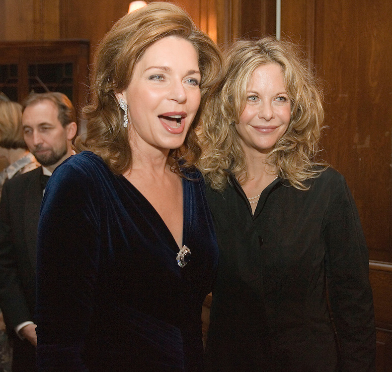 Queen Noor of Jordan (L) talks to actress Meg Ryan at a cocktail party for the King Hussein Foundation's Peace-Builders dinner in New York City Tuesday 1 November 2005. The awards dinner honors groups and institutions that promote human rights and peace.
