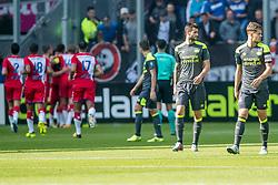24-09-2017 NED: FC Utrecht - PSV, Utrecht<br /> Zakaria Labyad #10 of FC Utrecht scoort de 1-1 uit een penalty en teleurstelling bij Gast&oacute;n Pereiro #7 of PSV, Marco van Ginkel #10 of PSV