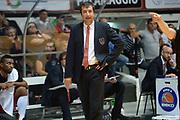 DESCRIZIONE : Caserta campionato serie A 2013/14 Pasta Reggia Caserta EA7 Olimpia Milano<br /> GIOCATORE : Luca Banchi<br /> CATEGORIA : allenatore coach delusione composizione<br /> SQUADRA : EA7 Olimpia Milano<br /> EVENTO : Campionato serie A 2013/14<br /> GARA : Pasta Reggia Caserta EA7 Olimpia Milano<br /> DATA : 27/10/2013<br /> SPORT : Pallacanestro <br /> AUTORE : Agenzia Ciamillo-Castoria/GiulioCiamillo<br /> Galleria : Lega Basket A 2013-2014  <br /> Fotonotizia : Caserta campionato serie A 2013/14 Pasta Reggia Caserta EA7 Olimpia Milano<br /> Predefinita :
