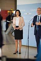 DEU, Deutschland, Germany, Berlin, 30.06.2020: Dr. Katja Leikert, stv. Vorsitzende der CDU/CSU-Bundestagsfraktion, und Ralph Brinkhaus, Vorsitzender der CDU/CSU-Bundestagsfraktion, bei einem gemeinsamen Pressestatement im Deutschen Bundestag.
