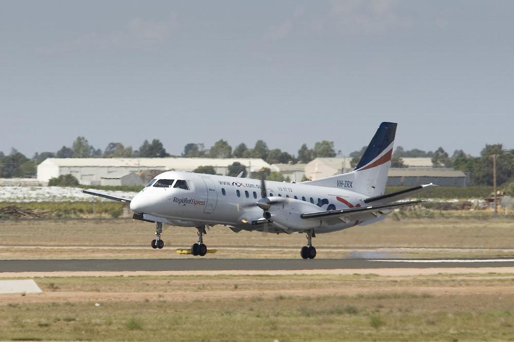 Regional Express (Rex) Saab 340 VH-ZRX lands at Mildura Airport