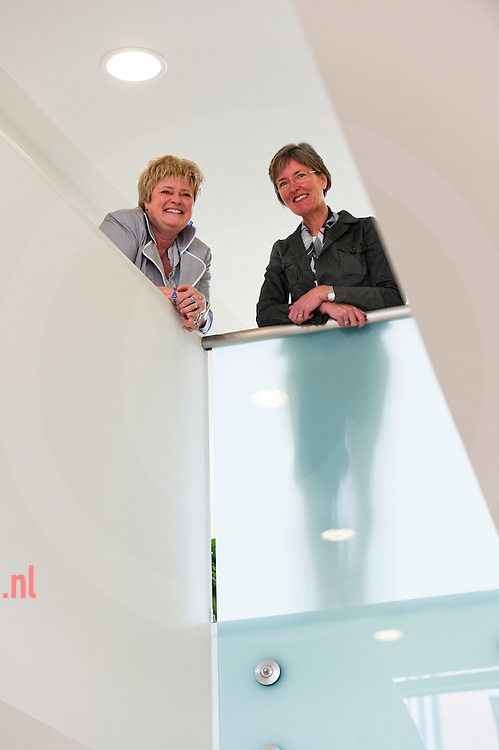 Hetty Mulder (l) Monique van der Hoeven (r)