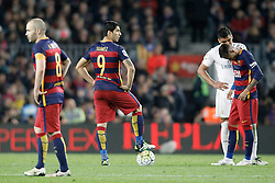02.04.2016, Camp Nou, Barcelona, ESP, Primera Division, FC Barcelona vs Real Madrid, 31. Runde, im Bild FC Barcelona's Andres Iniesta, Luis Suarez and Neymar Jr dejected // during the Spanish Primera Division 31th round match between Athletic Club and Real Madrid at the Camp Nou in Barcelona, Spain on 2016/04/02. EXPA Pictures © 2016, PhotoCredit: EXPA/ Alterphotos/ Acero<br /> <br /> *****ATTENTION - OUT of ESP, SUI*****