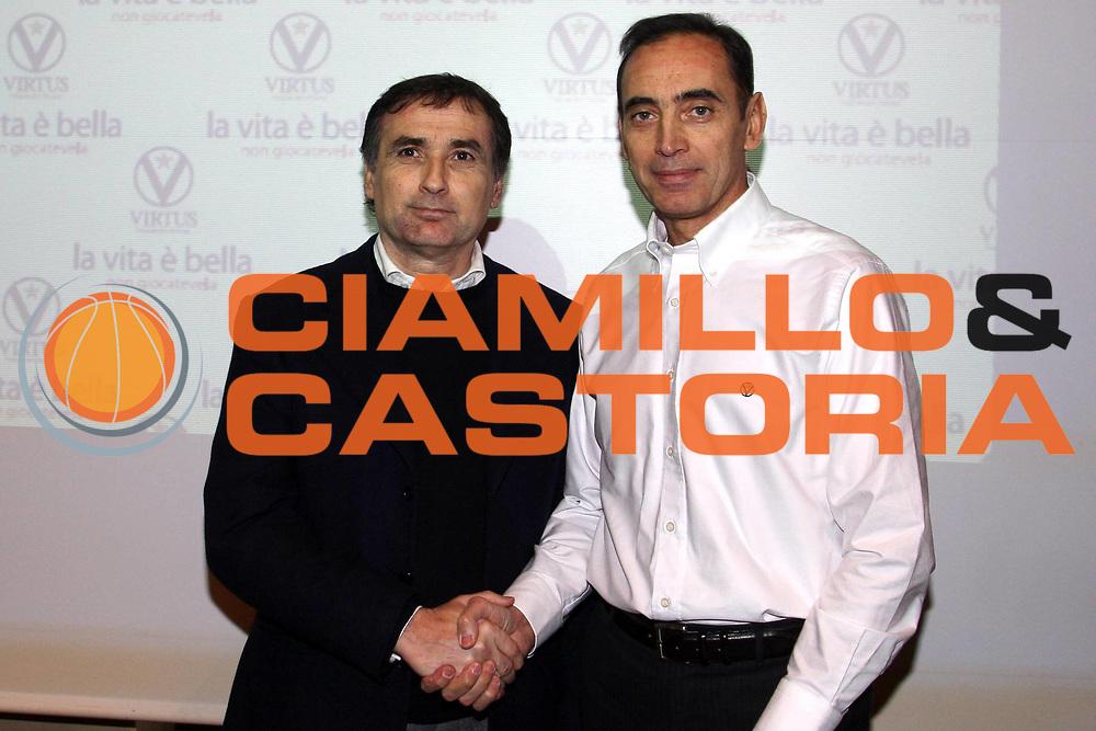 DESCRIZIONE : Bologna Lega A1 2007-08 Pasquali nuovo coach La Fortezza Virtus Bologna <br /> GIOCATORE : Claudio Sabatini Renato Pasquali <br /> SQUADRA : La Fortezza Virtus Bologna <br /> EVENTO : Campionato Lega A1 2007-2008 <br /> GARA : <br /> DATA : 22/01/2008 <br /> CATEGORIA : <br /> SPORT : Pallacanestro <br /> AUTORE : Agenzia Ciamillo-Castoria/L.Villani <br /> Galleria : Lega Basket A1 2007-2008 <br />Fotonotizia : Bologna Campionato Italiano Lega A1 2007-2008 Pasquali nuovo coach La Fortezza Virtus Bologna <br />Predefinita :