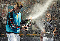 VALENCIA, SPAIN - NOVEMBER 08: Andy Murray of Great Britain during the final of the ATP 500 World Tour Valencia Open tennis tournament at the Ciudad de las Artes y las Ciencias on November 8, 2009 in Valencia, Spain.  (Photo by Manuel Queimadelos)