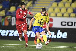 September 22, 2018 - France - Christian Ceballos Prieto midfielder of Sint-Truiden and Lior Refaelov midfielder of Antwerp (Credit Image: © Panoramic via ZUMA Press)