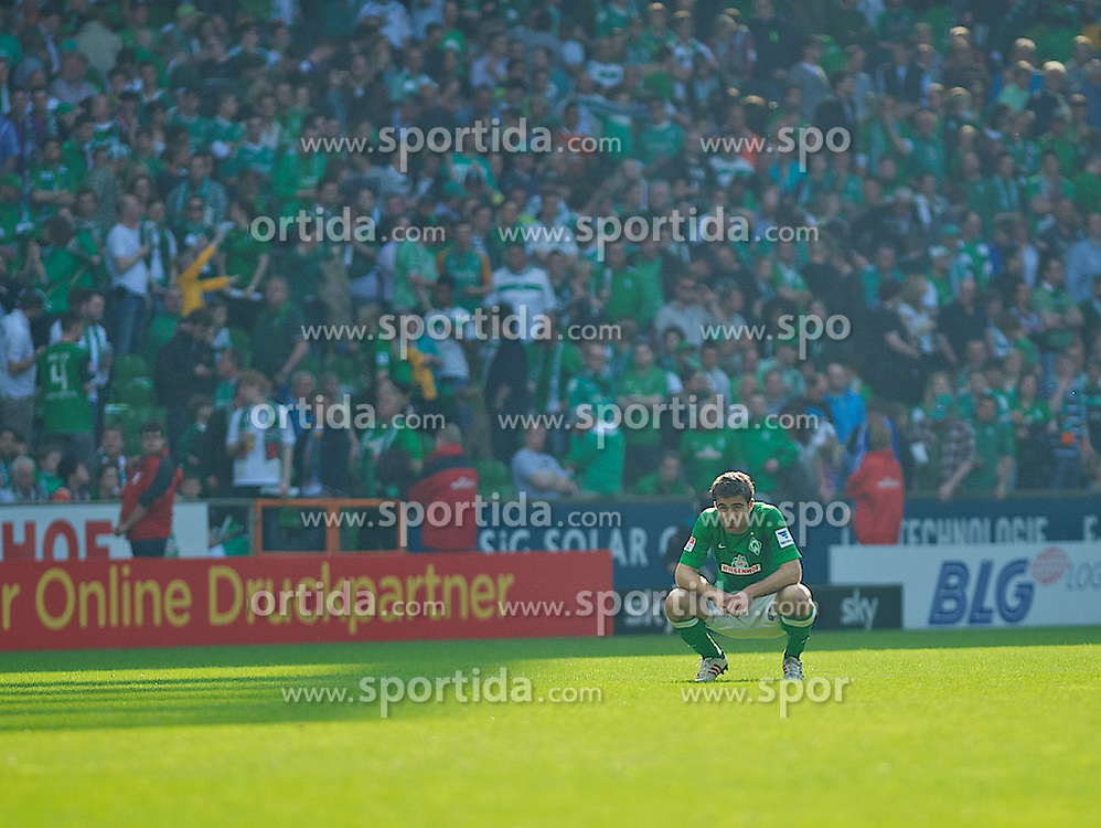 04.05.2013, Weserstadion, Bremen, GER, 1. FBL, SV Werder Bremen vs TSG 1899 Hoffenheim, 32. Runde, im Bild Sokratis Papastathopoulos (Bremen #22) mach dem Abpfiff // during the German Bundesliga 32nd round match between the clubs SV Werder Bremen vs TSG 1899 Hoffenheim at the Weserstadion, Bremen, Germany on 2013/05/04. EXPA Pictures © 2013, PhotoCredit: EXPA/ Andreas Gumz ***** ATTENTION - OUT OF GER *****
