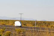 Barcley Henry tijdens de vijfde racedag. In Battle Mountain (Nevada) wordt ieder jaar de World Human Powered Speed Challenge gehouden. Tijdens deze wedstrijd wordt geprobeerd zo hard mogelijk te fietsen op pure menskracht. Het huidige record staat sinds 2015 op naam van de Canadees Todd Reichert die 139,45 km/h reed. De deelnemers bestaan zowel uit teams van universiteiten als uit hobbyisten. Met de gestroomlijnde fietsen willen ze laten zien wat mogelijk is met menskracht. De speciale ligfietsen kunnen gezien worden als de Formule 1 van het fietsen. De kennis die wordt opgedaan wordt ook gebruikt om duurzaam vervoer verder te ontwikkelen.<br /> <br /> In Battle Mountain (Nevada) each year the World Human Powered Speed Challenge is held. During this race they try to ride on pure manpower as hard as possible. Since 2015 the Canadian Todd Reichert is record holder with a speed of 136,45 km/h. The participants consist of both teams from universities and from hobbyists. With the sleek bikes they want to show what is possible with human power. The special recumbent bicycles can be seen as the Formula 1 of the bicycle. The knowledge gained is also used to develop sustainable transport.