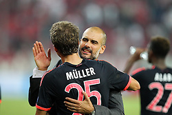 16.09.2015, Karaiskakis Stadium, Piräus, GRE, UEFA CL, Olympiakos Piräus vs FC Bayern München, Gruppe F, im Bild Schlussjubel Chef-Trainer Pep Guardiola (FC Bayern Muenchen) umarmt Thomas Mueller #25 (FC Bayern Muenchen) // during UEFA Champions League group F match between Olympiacos F.C. and FC Bayern Munich at the Karaiskakis Stadium in Piräus, Greece on 2015/09/16. EXPA Pictures © 2015, PhotoCredit: EXPA/ Eibner-Pressefoto/ Kolbert<br /> <br /> *****ATTENTION - OUT of GER*****