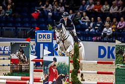 ZANDER-KEIL Johanna (GER), Carl<br /> Finale HGW-Bundesnachwuchschampionat der Springreiter <br /> gefördert durch die Horst-Gebers-Stiftung <br /> In Memoriam Debby Winkler<br /> Stilspringen Kl. M*<br /> Nat. style jumping competition Kl. M*<br /> Braunschweig - Classico 2020<br /> 08. März 2020<br /> © www.sportfotos-lafrentz.de/Stefan Lafrentz