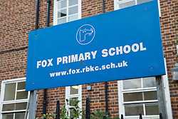 © Licensed to London News Pictures. 14/01/2016. London, UK. Fox Primary School in Kensington and Chelsea requires that children must live within 107 yards of the school gate, the most restrictive criteria across Britain. More than 100 schools across Britain admitted only pupils living within a two-minute walk last year as competition intensifies for the most popular primary schools, according to new research. Photo credit: Tolga Akmen/LNP
