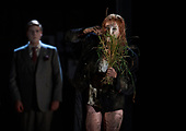 Hamlet - Glyndebounre Touring Opera
