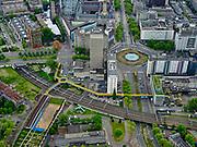 Nederland, Zuid-Holland, Rotterdam, 14-05-2020; Rotterdam centrum, met onder in beeld de gele Luchtsingel over het spoor (spoorlijn richting Willemsspoortunnel), rechts Hofplein en Coolsingel. Het is rustig op straat met weinig verkeer door de Corna crisis en maatregelen.<br /> Rotterdam center, with the yellow Luchtsingel across the track (railway line towards Willemsspoortunnel) at the bottom, to the right Hofplein and Coolsingel. It is quiet on the street with little traffic due to the Corna crisis and measures.<br /> <br /> luchtfoto (toeslag op standard tarieven);<br /> aerial photo (additional fee required)<br /> copyright © 2020 foto/photo Siebe Swart