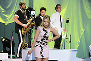 Paloma Faith performs at the Hampton Court Palace Festival 2015