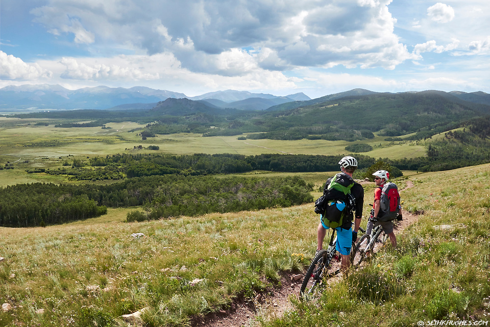 Mountain bikers on the Colorado Trail at Kenosha Pass. Overlooking South Park.