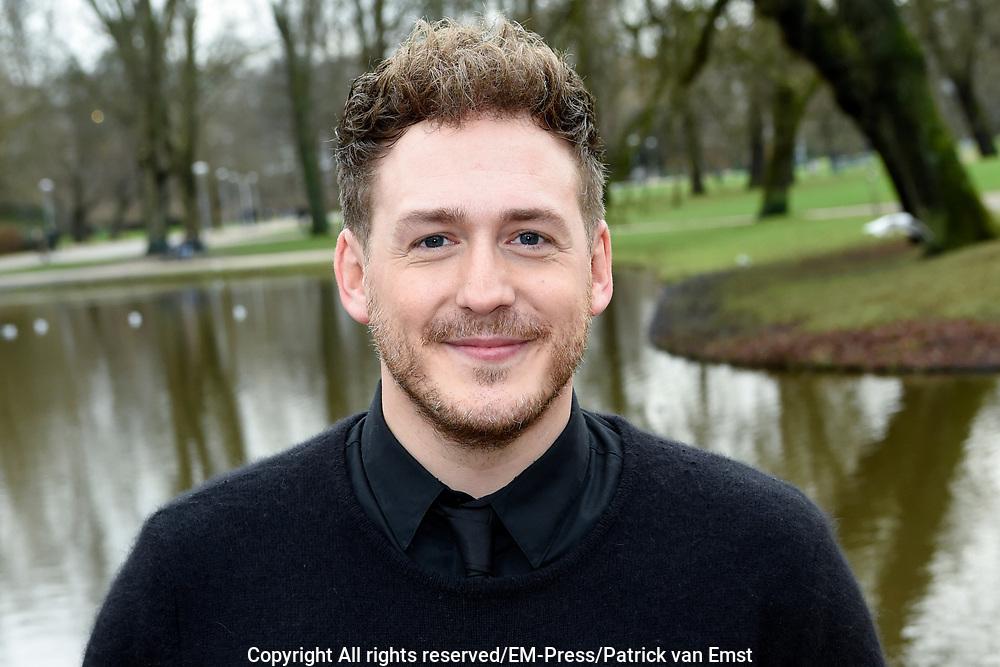 Musical Awards nominatielunch in VondelCS in het Vondelpark in Amsterdam<br /> <br /> Op de foto:  Robbert van den Bergh