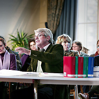 Nederland, Amsterdam , 20 november 2009..Tijdnes de opnamen van Rechter in de regio met rechter mr. Visser in de Plantage Middenlaan 41..Recht in de Regio is een NCRV-programma van mr. Frank Visser, bekend van De Rijdende Rechter. Hij komt op vrijdag 20 november naar Amsterdam en is samen met een team juristen van 11.00 tot 14.00 uur te vinden in het Party- en Congrescentrum van Artis.