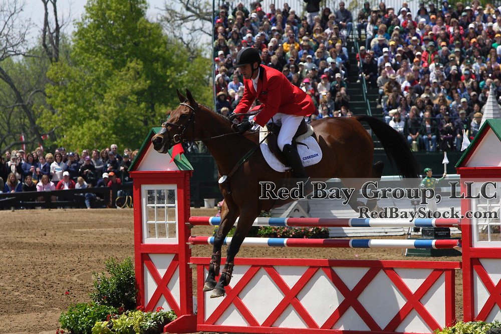 Phillip Dutton (AUS) and Hannigan at the 2005 Rolex Kentucky Three- Day Event.
