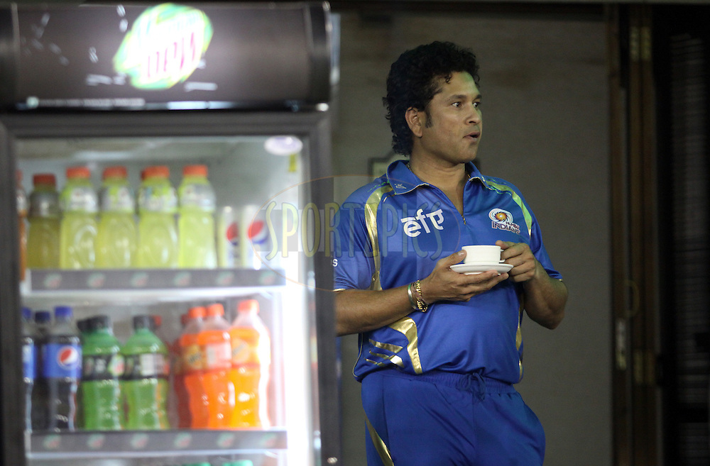 Mumbai Indians icon Sachin Tendulkar during match 48 of the Pepsi Indian Premier League Season 2014 between the Kings XI Punjab and the Mumbai Indians held at the Punjab Cricket Association Stadium, Mohali, India on the 21st May  2014Photo by Arjun Panwar / IPL / SPORTZPICSImage use subject to terms and conditions which can be found here:  http://sportzpics.photoshelter.com/gallery/Pepsi-IPL-Image-terms-and-conditions/G00004VW1IVJ.gB0/C0000TScjhBM6ikg