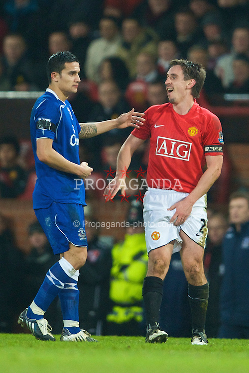 MANCHESTER, ENGLAND - Saturday, January 31, 2009: Manchester United's Gary Neville gets injured in his genitals during the Premiership match against Everton at Old Trafford. (Mandatory credit: David Rawcliffe/Propaganda)
