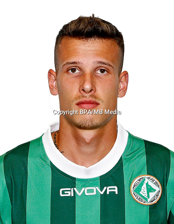 Italian League Serie B -2016-2017 / <br /> ( U. S. Avellino 1912 ) - <br /> Richard Lasik