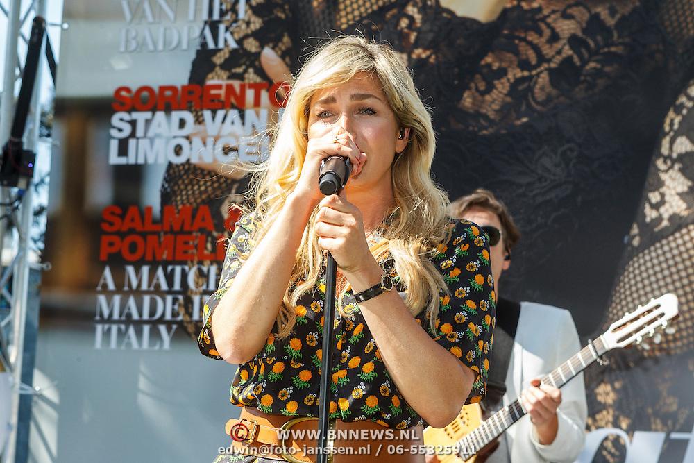 NLD/Amserdam/20150604 - Uitreiking Talkies Terras Award 2015 en onthulling cover, Do