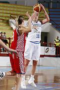 DESCRIZIONE : Porto San Giorgio Torneo Internazionale Basket Femminile Italia Croazia<br /> GIOCATORE : Kathrin Ress<br /> SQUADRA : Nazionale Italia Donne<br /> EVENTO : Porto San Giorgio Torneo Internazionale Basket Femminile<br /> GARA : Italia Croazia<br /> DATA : 28/05/2009 <br /> CATEGORIA : tiro<br /> SPORT : Pallacanestro <br /> AUTORE : Agenzia Ciamillo-Castoria/E.Castoria