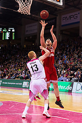 28.03.2016, Telekom Dome, Bonn, GER, Beko Basketball BL, Telekom Baskets Bonn vs FC Bayern Muenchen, 23. Runde, im Bild Dusko Savanovic (FC Bayern Muenchen #20) beim Sprungwurf gegen Aarib White (Telekom Baskets Bonn #13) // during the Beko Basketball Bundes league 23th round match between Telekom Baskets Bonn and FC Bayern Munich at the Telekom Dome in Bonn, Germany on 2016/03/28. EXPA Pictures © 2016, PhotoCredit: EXPA/ Eibner-Pressefoto/ Schüler<br /> <br /> *****ATTENTION - OUT of GER*****