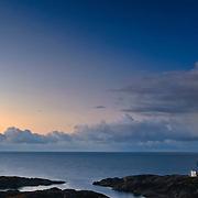 Eigerøy fyr på Midbrød i Eigersund kommune, Rogaland. Eigerøy lighthouse at Midbrød in Eigersund Municipality, Rogaland county, Norway.