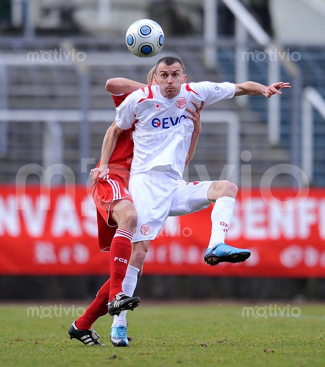 FUSSBALL     3. BUNDESLIGA     SAISON 2009/2010     05.12.2009 19 Spieltag : FC Bayern Muenchen II - Kickers Offenbach Mirnes Mesic (Offenbach)