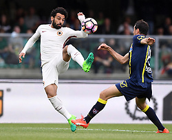 VERONA, May 21, 2017  Roma's Mohamed Salah (L) competes with Chievo Verona's Massimo Gobbi during a Serie A soccer match in Verona, Italy, May 20, 2017. Roma won 5-3. (Credit Image: © Alberto Lingria/Xinhua via ZUMA Wire)