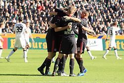 15.10.2011,  BorussiaPark, Mönchengladbach, GER, 1.FBL, Borussia Mönchengladbach vs Bayer 04 Leverkusen, im Bild.Torjubel / Jubel  nach dem 0:1 durch Stefan Reinartz (Leverkusen #3). Mönchengladbach entaeuscht / entäuscht / traurig..// during the 1.FBL, Borussia Mönchengladbach vs Bayer 04 Leverkusen on 2011/10/13, BorussiaPark, Mönchengladbach, Germany. EXPA Pictures © 2011, PhotoCredit: EXPA/ nph/  Mueller *** Local Caption ***       ****** out of GER / CRO  / BEL ******