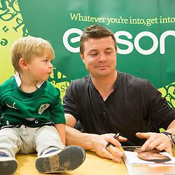 Brian O'Driscoll Eason signing