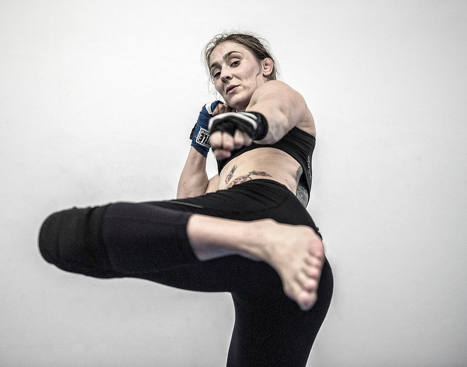 Netherlands. Amsterdam, 13-08-2015. Photo: Patrick Post.  Portret van Maloes Coenen. Marloes Coenen is a female Dutch mixed martial artist. She is the current Strikeforce Women's Bantamweight Champion.