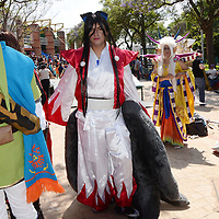 TOLUCA, Mexico.-  Expo Magyc 2015, reúne a lo más destacado del mundo del doblaje, videojuegos, cosplay, comics y otros personajes, además se instalaron stands de venta de películas y vestuarios así como la elaboración de comics y caricaturas de los visitantes, en el teatro se presentaron bailables y concursos de actuación. Agencia MVT. José Hernández.  (DIGITAL)