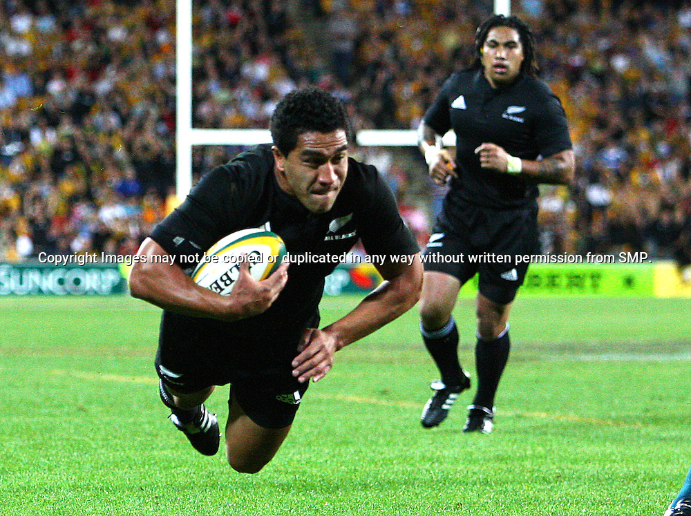 Mils Muliaina crosses for the first try to the All Blacks - All Blacks v Australia Tri Nations Rugby Union Test Match. Suncorp Stadium, Brisbane, Australia, Saturday 13 September 2008. Photo: Warren Keir - SMP Images /PHOTOSPORT<br />
