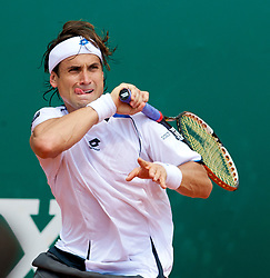 MONTE-CARLO, MONACO - Friday, April 16, 2010: David Ferrer (ESP) in action during the Men's Singles Quarter-Final on day five of the ATP Masters Series Monte-Carlo at the Monte-Carlo Country Club. (Photo by David Rawcliffe/Propaganda)