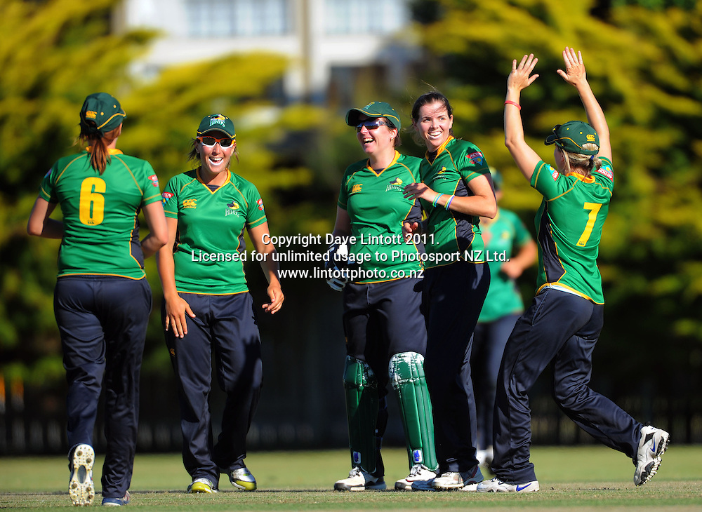 Hinds players celebrate Eimear Robinson's (2nd right) dismissal of Maria Fahey. Women's Twenty20 cricket - Central Hinds v Canterbury Magicians at Kena Kena Park, Paraparaumu Beach, Kapiti Coast, New Zealand on Friday, 14 January 2011. Photo: Dave Lintott / photosport.co.nz