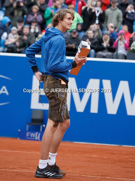 Sieger ALEXANDER ZVEREV (GER) mit Pokal traegt eine Lederhose, Endspiel, Final, Siegerehrung<br /> <br /> Tennis - BMW Open 2017 -  ATP  -  MTTC Iphitos - Munich -  - Germany  - 7 May 2017.